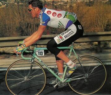 La squadra GB-MG nel 1992 1993 usa materiale tecnico Bianchi